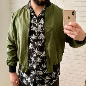 Forever 21 Green Bomber Jacket Size L